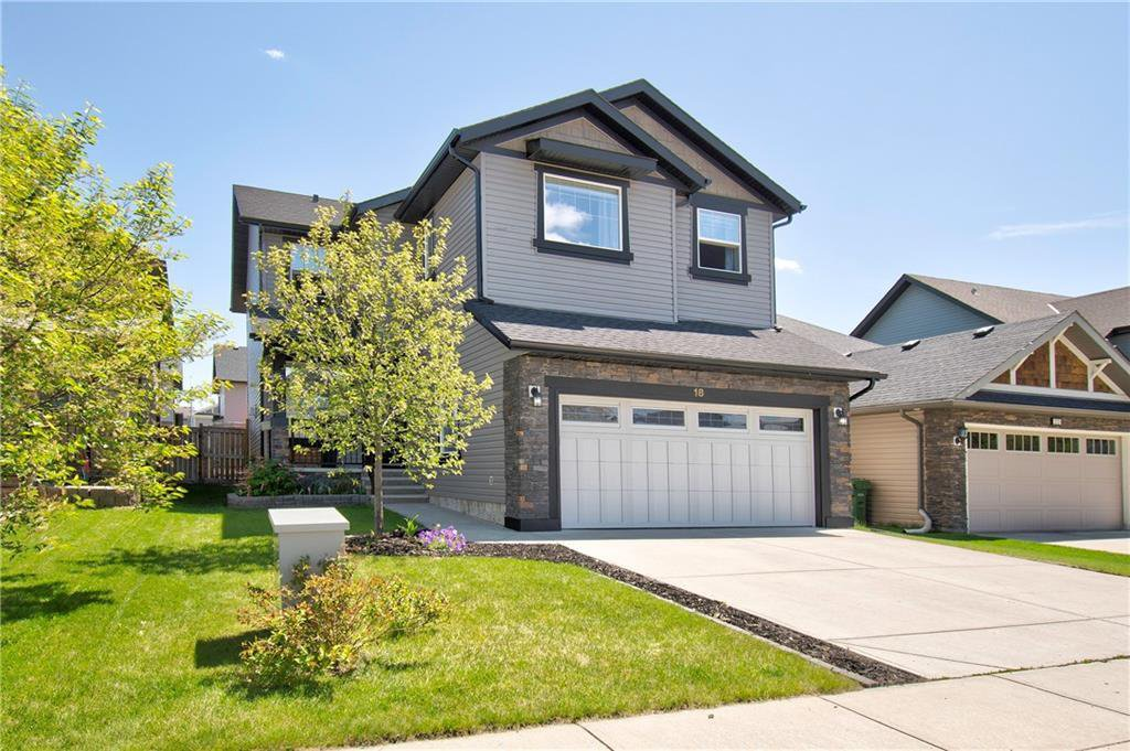 Main Photo: 18 KINGSLAND Way SE: Airdrie Detached for sale : MLS®# C4301794