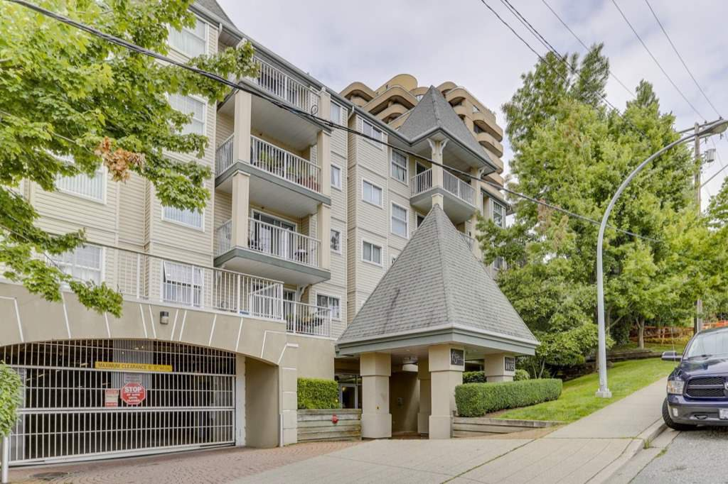 "Main Photo: 410 1035 AUCKLAND Street in New Westminster: Uptown NW Condo for sale in ""Queen's Terrace"" : MLS®# R2486716"
