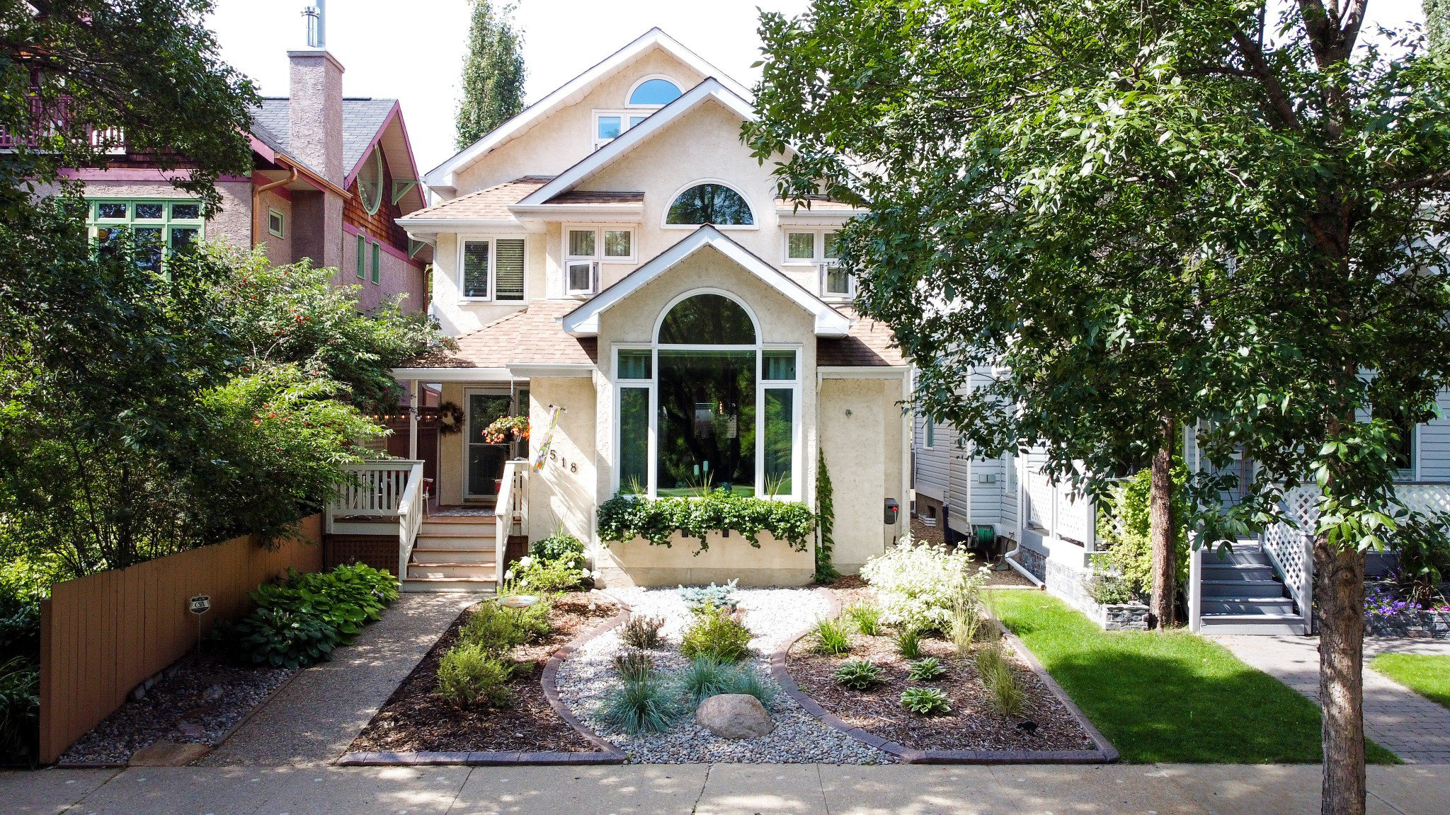 Main Photo: 9518 100 Street in Edmonton: House for sale