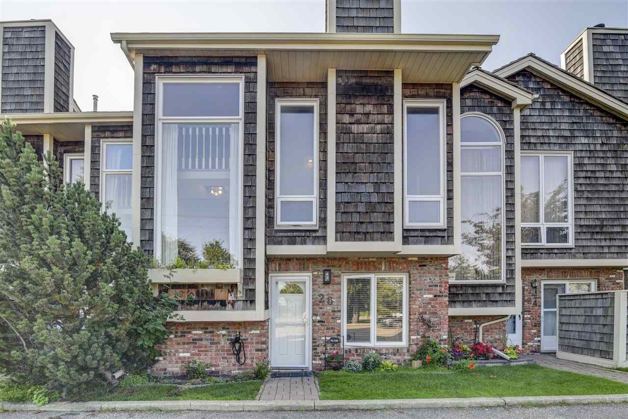 Main Photo: 26 1440 SHERWOOD Drive: Sherwood Park Townhouse for sale : MLS®# E4170337