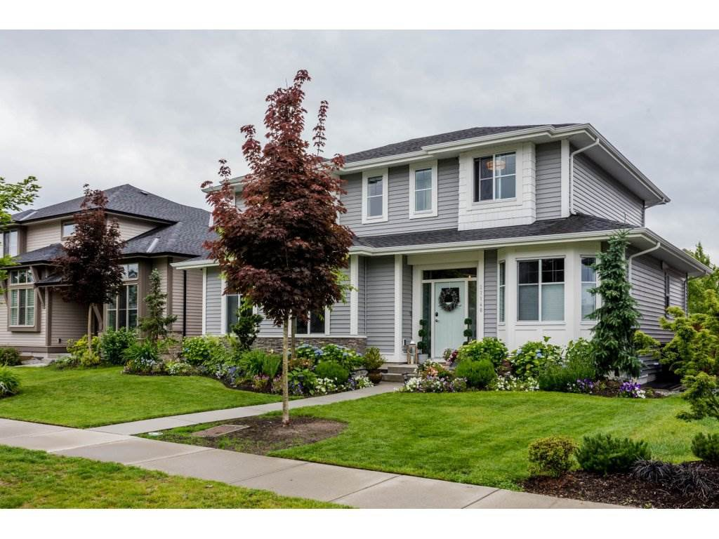 Main Photo: 27140 35A AVENUE in Langley: Aldergrove Langley House for sale : MLS®# R2179762