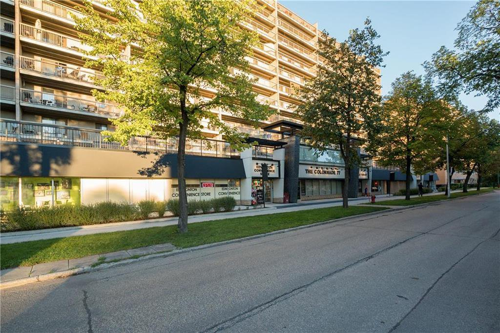 Main Photo: 816 77 Edmonton Street in Winnipeg: Downtown Condominium for sale (9A)  : MLS®# 202000687