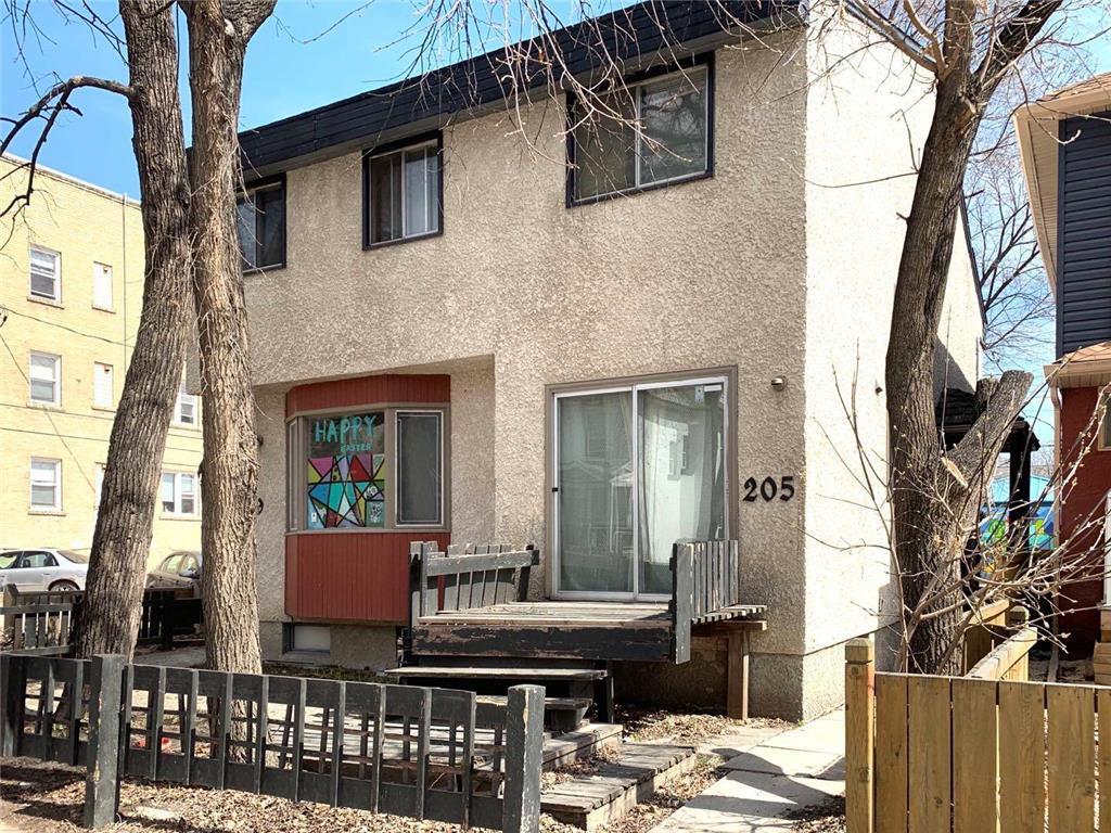Main Photo: 205 Langside Street in Winnipeg: West Broadway Residential for sale (5A)  : MLS®# 202009128