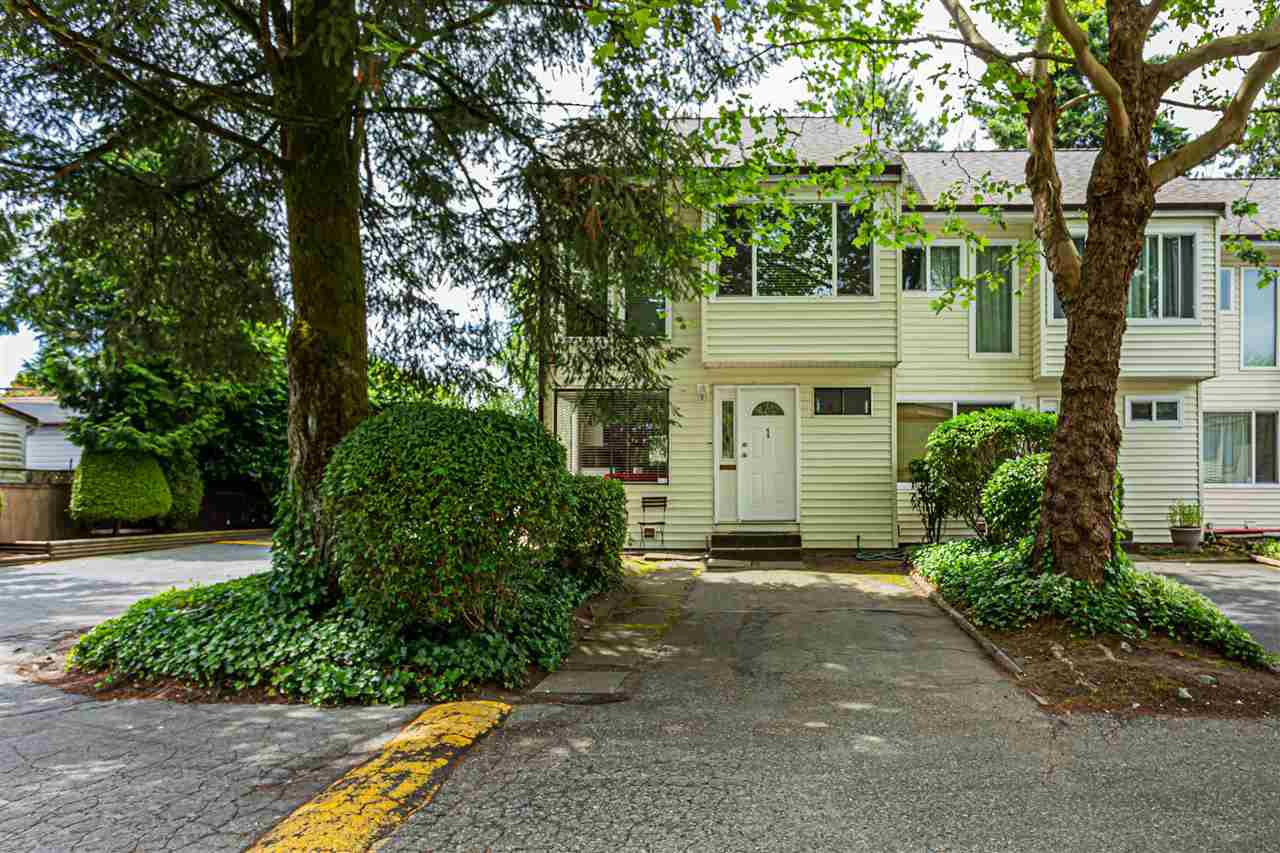 "Main Photo: 1 9320 128 Street in Surrey: Queen Mary Park Surrey Townhouse for sale in ""SURREY MEADOWS"" : MLS®# R2475340"
