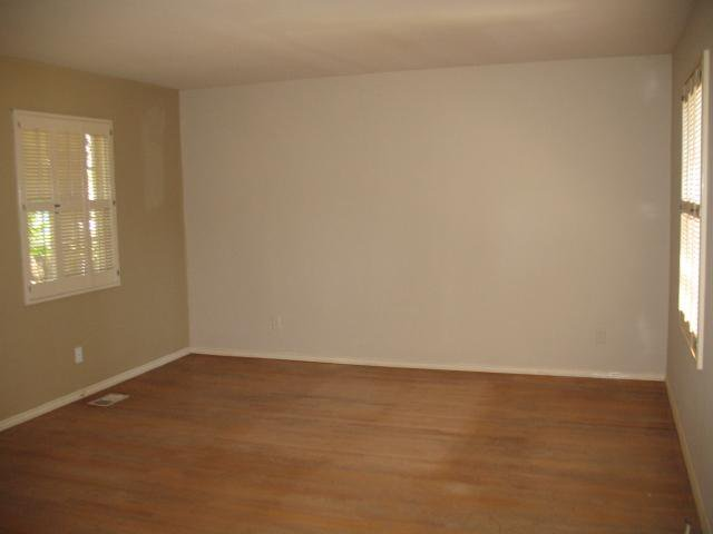Photo 6: Photos: POINT LOMA House for sale : 2 bedrooms : 4124 Point Loma Ave. in San Diego