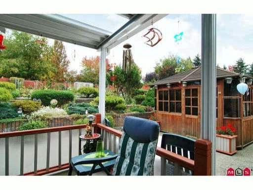 Photo 10: Photos: 18249 54th Avenue in Cloverdale: House for sale : MLS®# F2922810