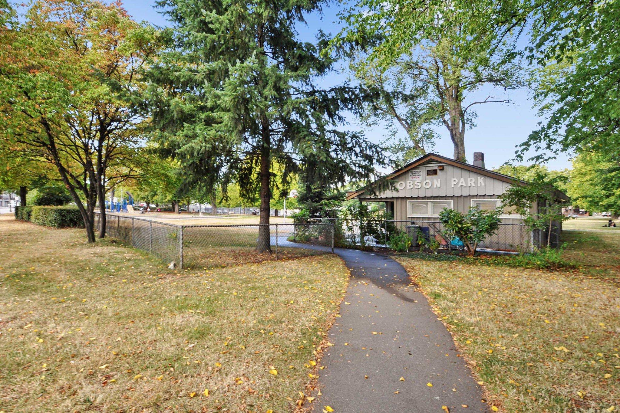 "Photo 20: Photos: 302 688 E 17TH Avenue in Vancouver: Fraser VE Condo for sale in ""MONDELLA"" (Vancouver East)  : MLS®# R2403902"