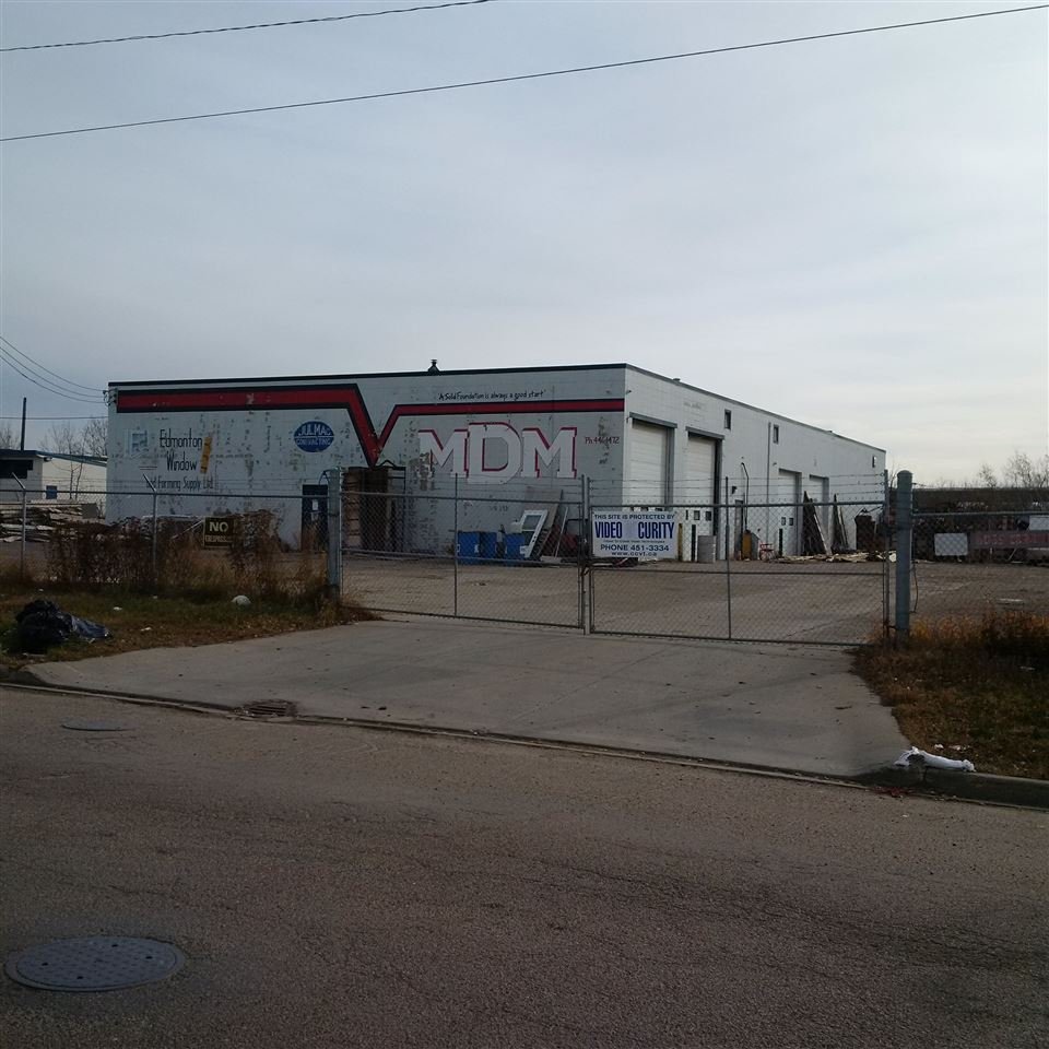 Main Photo: 8059 Coronet Road NW in Edmonton: Zone 41 Industrial for sale : MLS®# E4180133