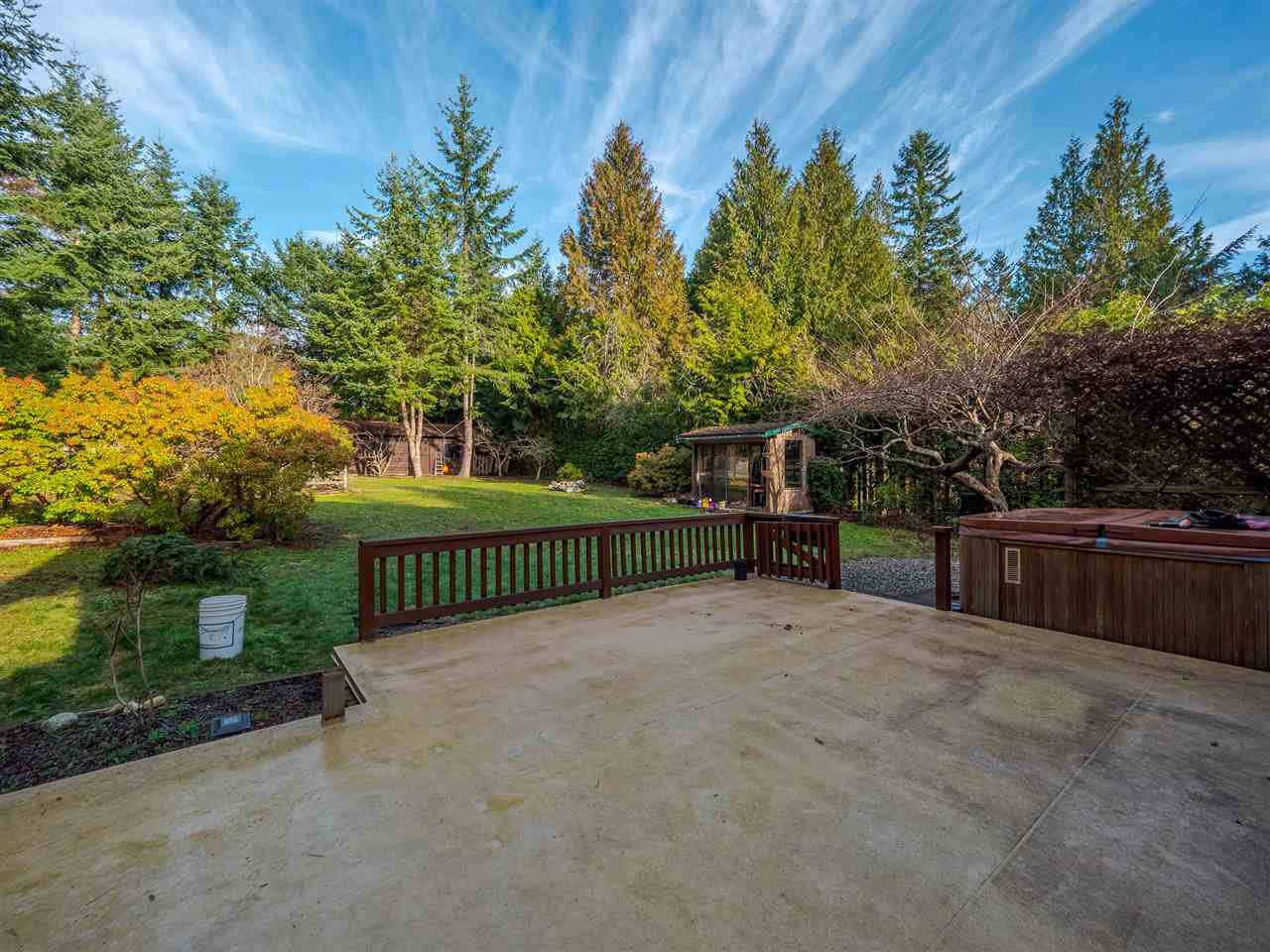 """Photo 17: Photos: 7980 COOPER Road in Halfmoon Bay: Halfmn Bay Secret Cv Redroofs House for sale in """"WELCOME WOODS"""" (Sunshine Coast)  : MLS®# R2427808"""