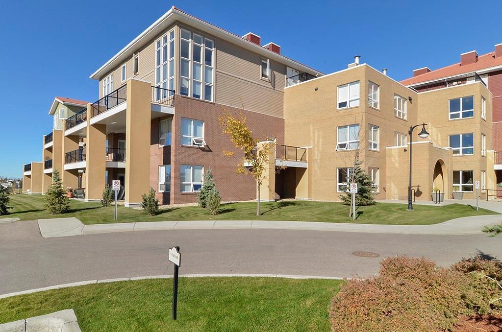 Main Photo: 3206 10221 TUSCANY Boulevard NW in Calgary: Tuscany Apartment for sale : MLS®# C4288094