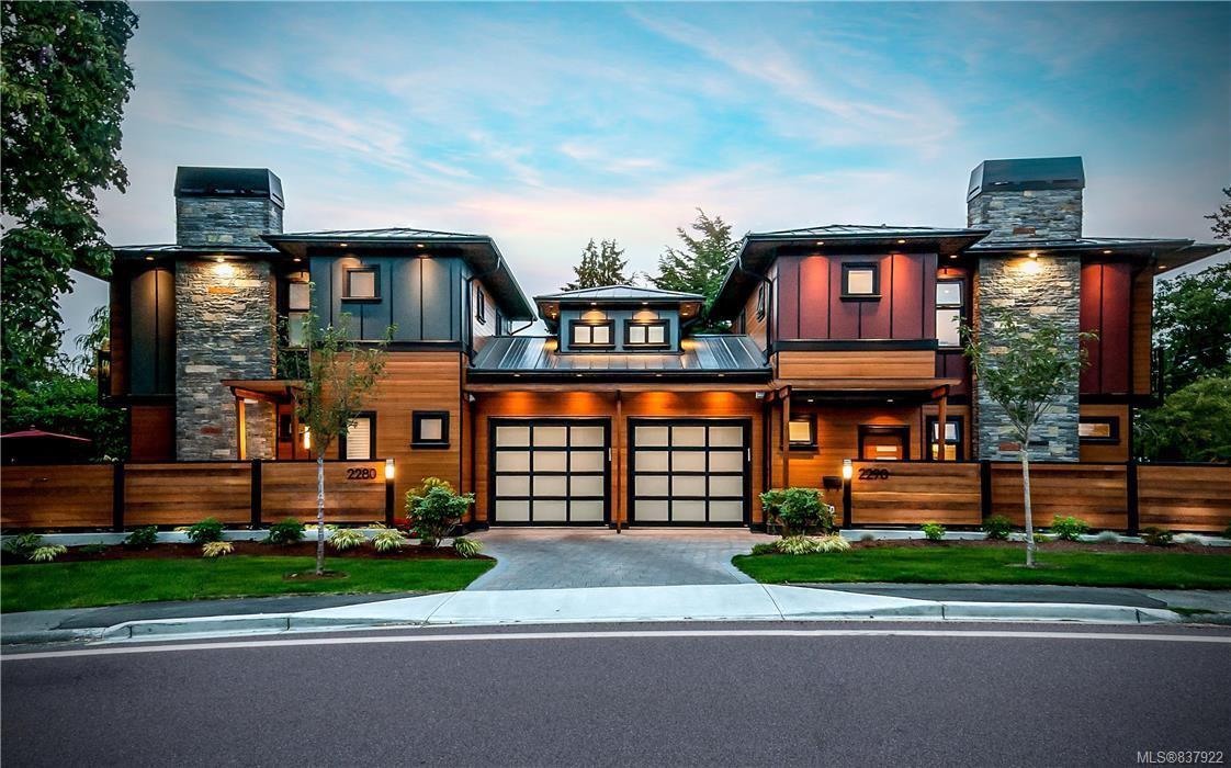 Main Photo: 2290 Estevan Ave in Oak Bay: OB Estevan Half Duplex for sale : MLS®# 837922