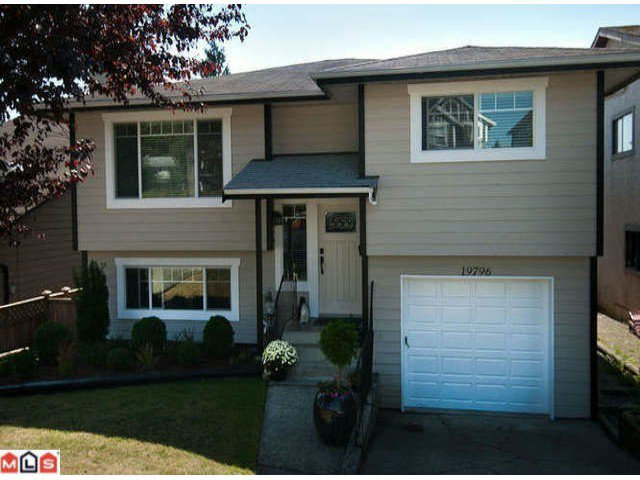 Main Photo: 19796 68TH AV in Langley: Willoughby Heights Home for sale ()  : MLS®# F1222486