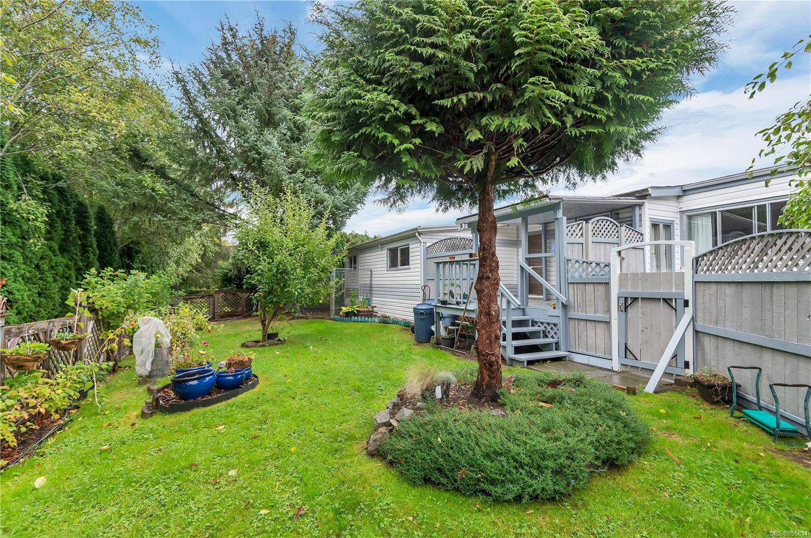 Main Photo: 47 951 Homewood Rd in : CR Campbell River Central Manufactured Home for sale (Campbell River)  : MLS®# 856814