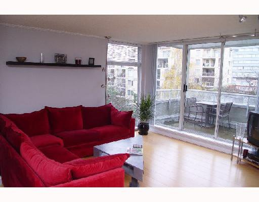 "Main Photo: 402 1220 BARCLAY Street in Vancouver: West End VW Condo for sale in ""KENWOOD COURT"" (Vancouver West)  : MLS®# V678431"
