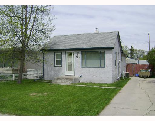 Main Photo: 303 KINGSFORD Avenue in WINNIPEG: North Kildonan Residential for sale (North East Winnipeg)  : MLS®# 2808981