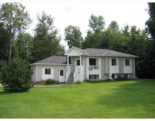 Main Photo: 101 Constance Creek Dr in Dunrobin: Residential Detached for sale : MLS®# 734381