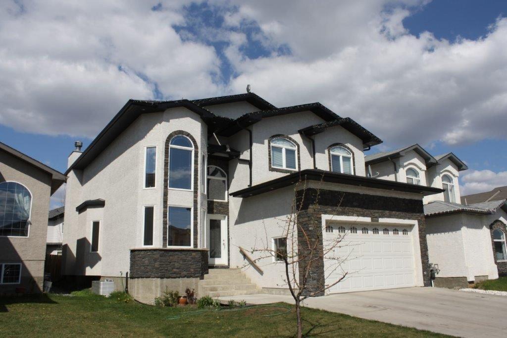 Main Photo: 13504 161 Avenue NW in Edmonton: Zone 27 House for sale : MLS®# E4196882