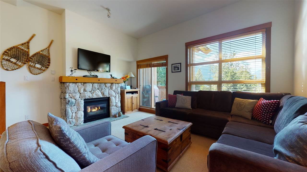 """Main Photo: 2 4894 PAINTED CLIFF Road in Whistler: Benchlands Townhouse for sale in """"Mountain Star"""" : MLS®# R2478703"""