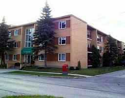 Main Photo: 1 1700 TAYLOR Avenue in WINNIPEG: River Heights / Tuxedo / Linden Woods Condominium for sale (South Winnipeg)  : MLS®# 2110823