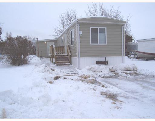 "Main Photo: 13 8420 ALASKA Road in Fort_St._John: Fort St. John - City SE Manufactured Home for sale in ""PEACE COUNTRY MH PARK"" (Fort St. John (Zone 60))  : MLS®# N178400"