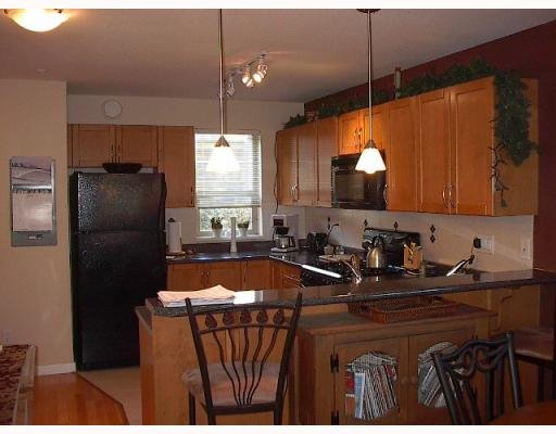 Photo 2: Photos: 201 - 2432 Welcher Ave in Port Coquitlam: Central Pt Coquitlam Townhouse for sale : MLS®# V749219