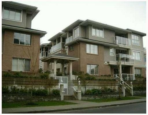 Main Photo: 201 - 2432 Welcher Ave in Port Coquitlam: Central Pt Coquitlam Townhouse for sale : MLS®# V749219