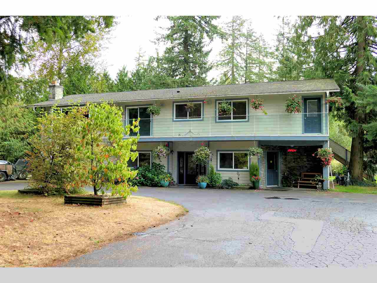 Main Photo: 26436 13 Avenue in Langley: Otter District House for sale : MLS®# R2404832