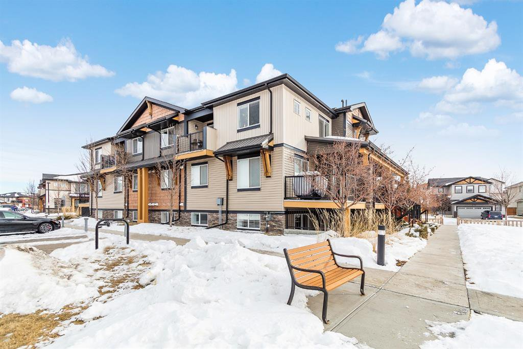 Main Photo: 9103 2781 Chinook Winds Drive SW: Airdrie Row/Townhouse for sale : MLS®# A1056045