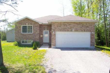 Main Photo: 8 Beaver Dale Cres in Pefferlaw: House (Bungalow-Raised) for sale (N17: BALDWIN)  : MLS®# N1143681