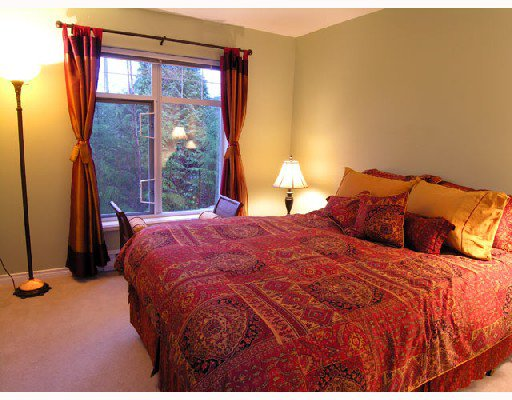 """Photo 9: Photos: 308 1140 STRATHAVEN Drive in North_Vancouver: Northlands Condo for sale in """"STRATHAVEN"""" (North Vancouver)  : MLS®# V680038"""
