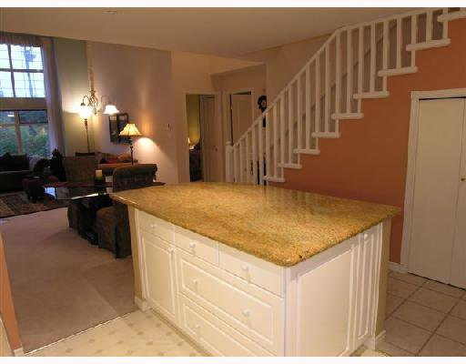 """Photo 5: Photos: 308 1140 STRATHAVEN Drive in North_Vancouver: Northlands Condo for sale in """"STRATHAVEN"""" (North Vancouver)  : MLS®# V680038"""