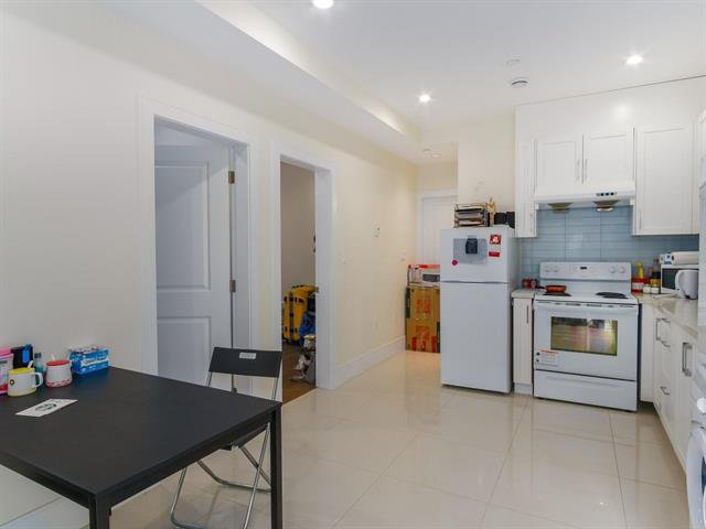 Photo 19: Photos: 152 W 48TH AV in VANCOUVER: Oakridge VW House for sale (Vancouver West)  : MLS®# R2442401