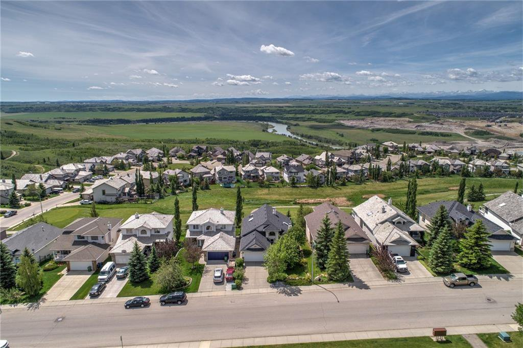 Main Photo: 311 GLENEAGLES View: Cochrane Detached for sale : MLS®# C4305254