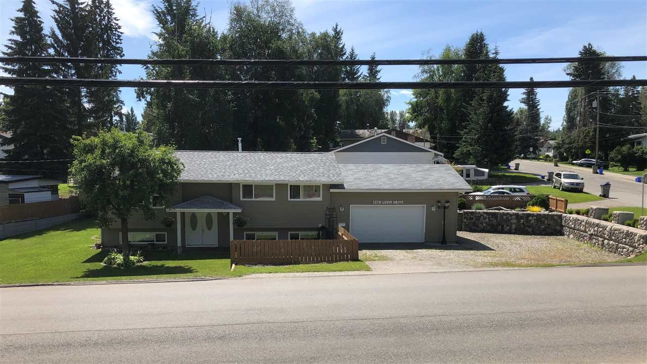 Photo 1: Photos: 1270 LEWIS Drive in Quesnel: Quesnel - Town House for sale (Quesnel (Zone 28))  : MLS®# R2478328