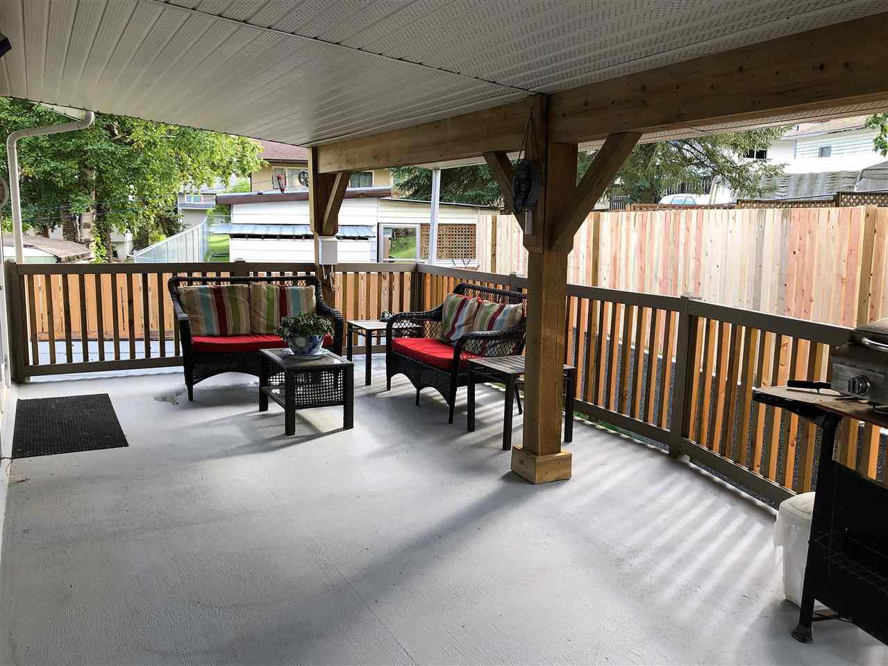 Photo 14: Photos: 1270 LEWIS Drive in Quesnel: Quesnel - Town House for sale (Quesnel (Zone 28))  : MLS®# R2478328