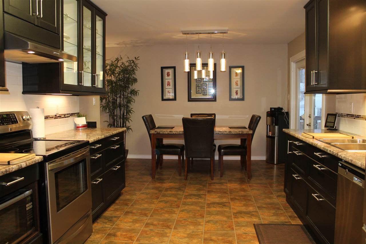 Photo 13: Photos: 1270 LEWIS Drive in Quesnel: Quesnel - Town House for sale (Quesnel (Zone 28))  : MLS®# R2478328