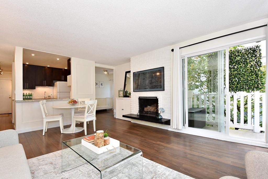 Main Photo: 206 2365 W 3RD AVENUE in Vancouver: Kitsilano Condo  (Vancouver West)  : MLS®# R2409461