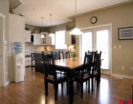 "Photo 4: Photos: 18961 68A AV in Surrey: Clayton House for sale in ""CLAYTON"" (Cloverdale)  : MLS®# F2523742"
