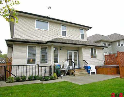 "Photo 8: Photos: 18961 68A AV in Surrey: Clayton House for sale in ""CLAYTON"" (Cloverdale)  : MLS®# F2523742"