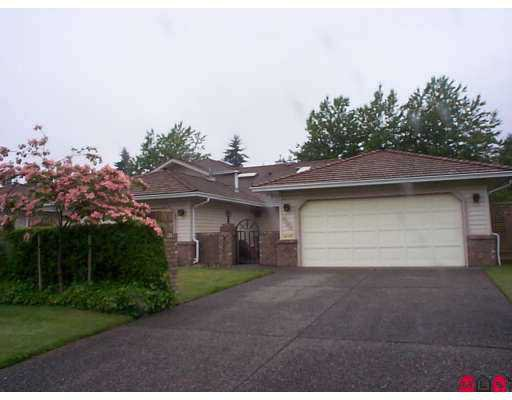"""Main Photo: 25 9733 148A Street in Surrey: Guildford Townhouse for sale in """"Chelsea Gate"""" (North Surrey)  : MLS®# F2714845"""