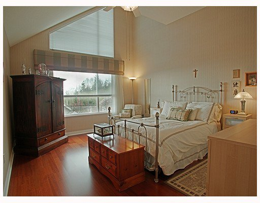 """Photo 6: Photos: 203 1465 PARKWAY Boulevard in Coquitlam: Westwood Plateau Townhouse for sale in """"SILVER OAK"""" : MLS®# V702547"""