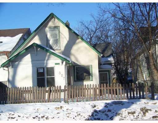 Main Photo: 327 Redwood Avenue in Winnipeg: Residential for sale : MLS®# 2903264