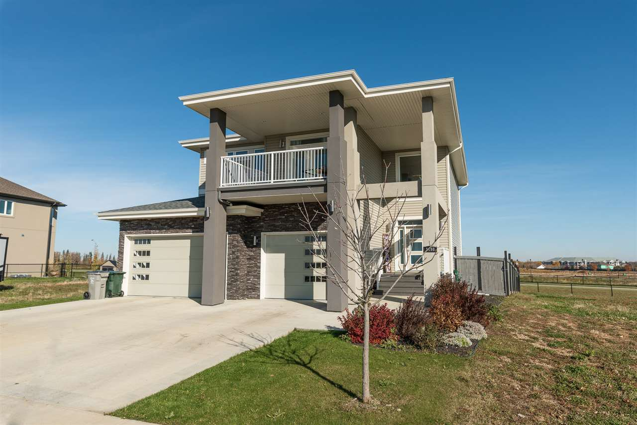 Main Photo: 1198 Genesis Lake Boulevard: Stony Plain House for sale : MLS®# E4189892