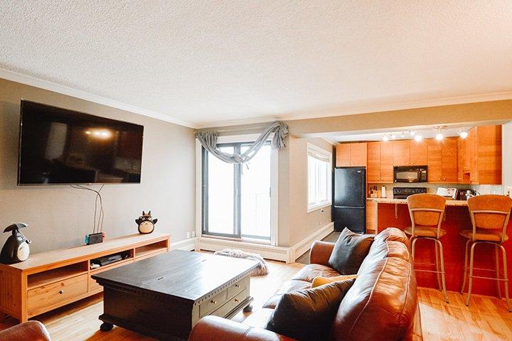 Main Photo: 32 10525 83 Avenue in Edmonton: Zone 15 Condo for sale : MLS®# E4198214