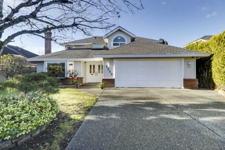 Main Photo: 4569 62 Street in Delta: Holly House for sale (Ladner)  : MLS®# R2521403