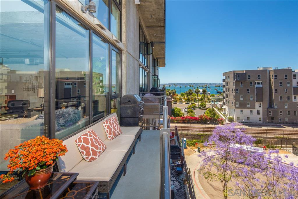 Main Photo: DOWNTOWN Condo for sale : 2 bedrooms : 1780 Kettner Blvd #509 in San Diego