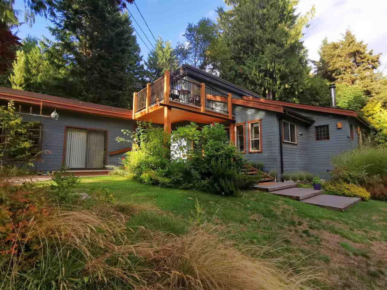 Main Photo: 1506 PARK Avenue: Roberts Creek House for sale (Sunshine Coast)  : MLS®# R2488385
