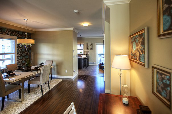 Photo 8: Photos: 1130 Ewen Avenue in New Westminster: Queensborough Townhouse for sale ()