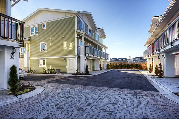 Photo 23: Photos: 1130 Ewen Avenue in New Westminster: Queensborough Townhouse for sale ()