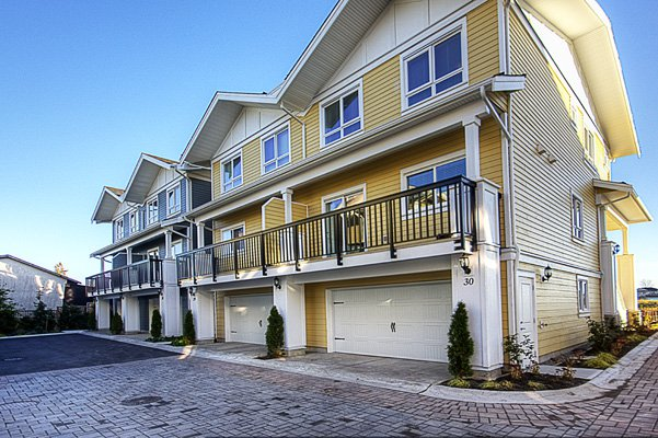 Photo 24: Photos: 1130 Ewen Avenue in New Westminster: Queensborough Townhouse for sale ()